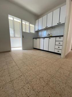 דירה להשכרה ברמבם3