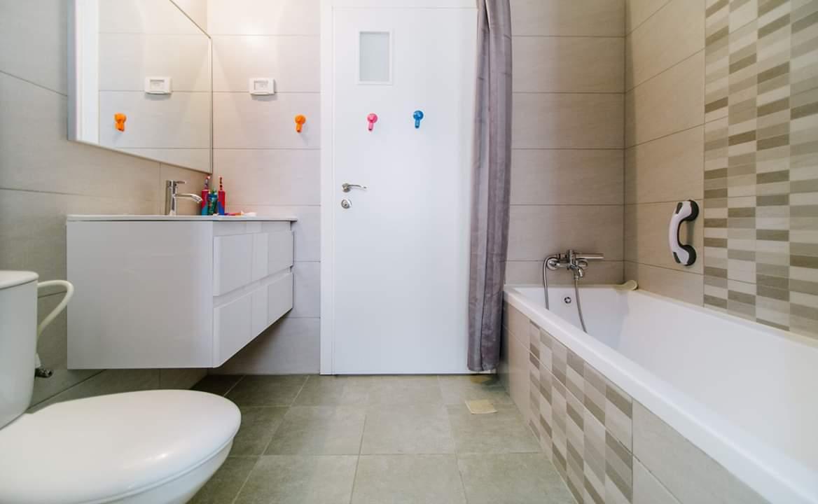 דירה למכירה 4.5 חדרים בבן צבי9