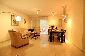 דירת 4 חדרים בכפר גנים ב