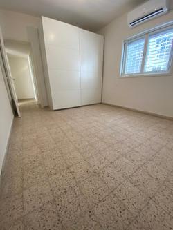 דירה להשכרה ברמבם1