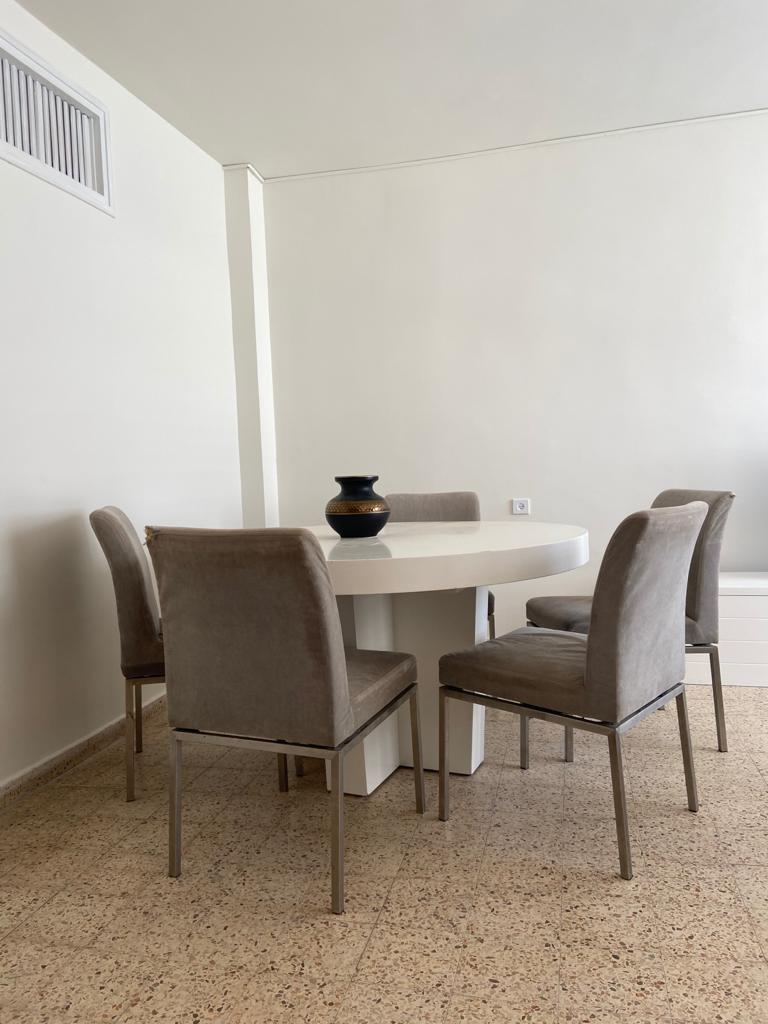 דירה להשכרה ברמבם4