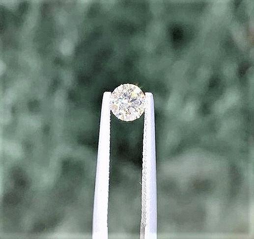 GIA Phoenixjewelry loose diamonds 0.50 , 0.51 cts.