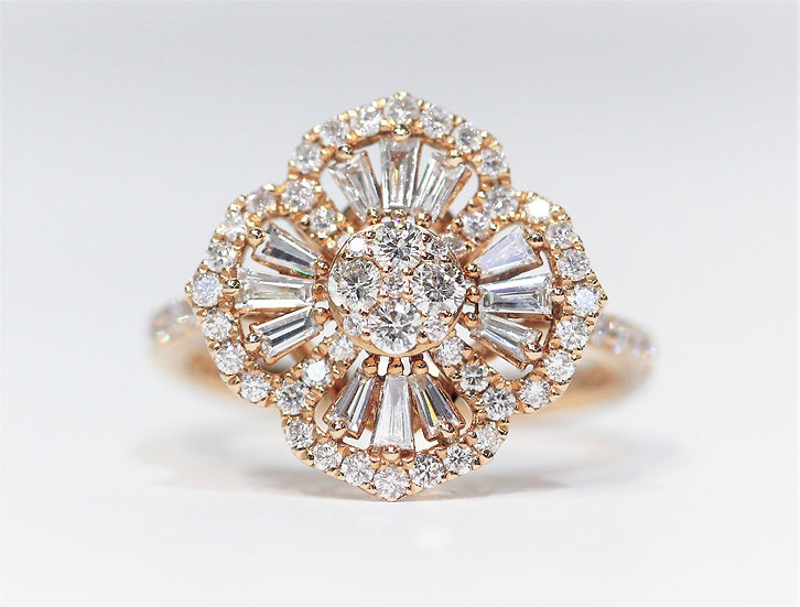 Flower-shape diamond ring