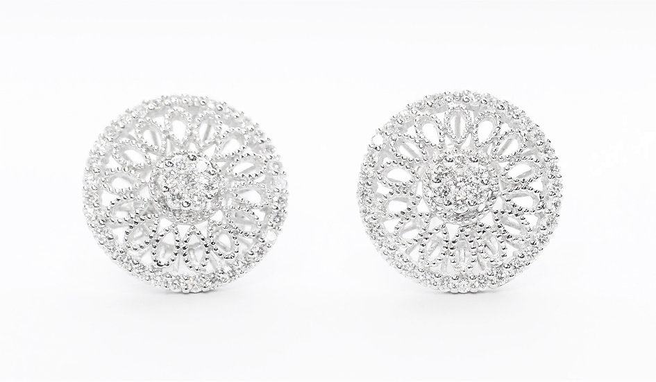 round shape Diamond earrings