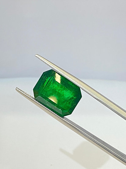emerald AGL 10.64 cts  AW