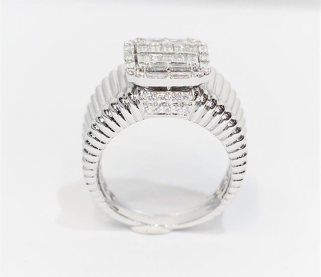 Square shape diamond ring