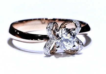 Pink gold butterfly diamond ring