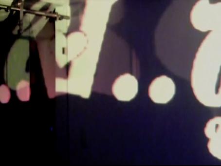 """""""Afasia Live Cinema"""": sobre las metáforas audiovisuales y la expresión más allá del habla"""