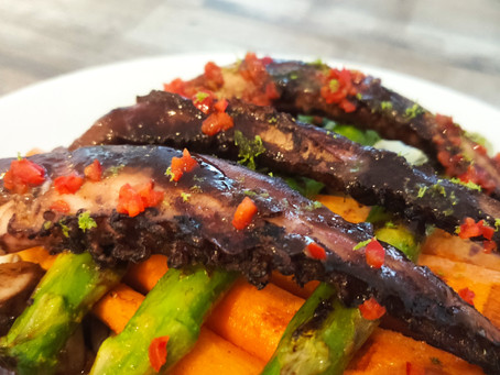 Indonesian octopus with grilled vegetables and noodles Recipe