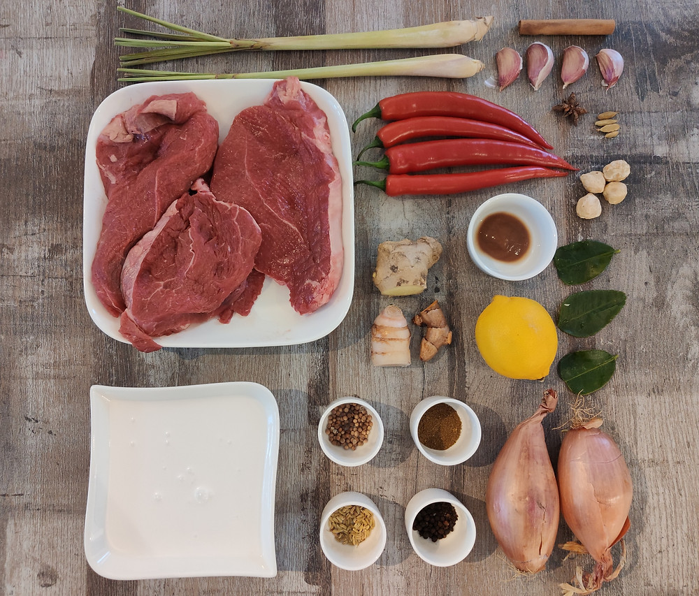 Indonesian Rendang Daging ingredients: beef chuck, coconut milk, aromatics, herbs and spices