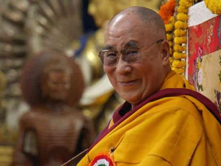 Le Dalaï-lama explique le lien entre physique quantique et spiritualité