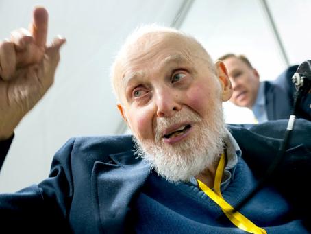 À 96 ans, Arthur Ashkin, ce prix Nobel a découvert l'énergie qui va sauver la planète !!!
