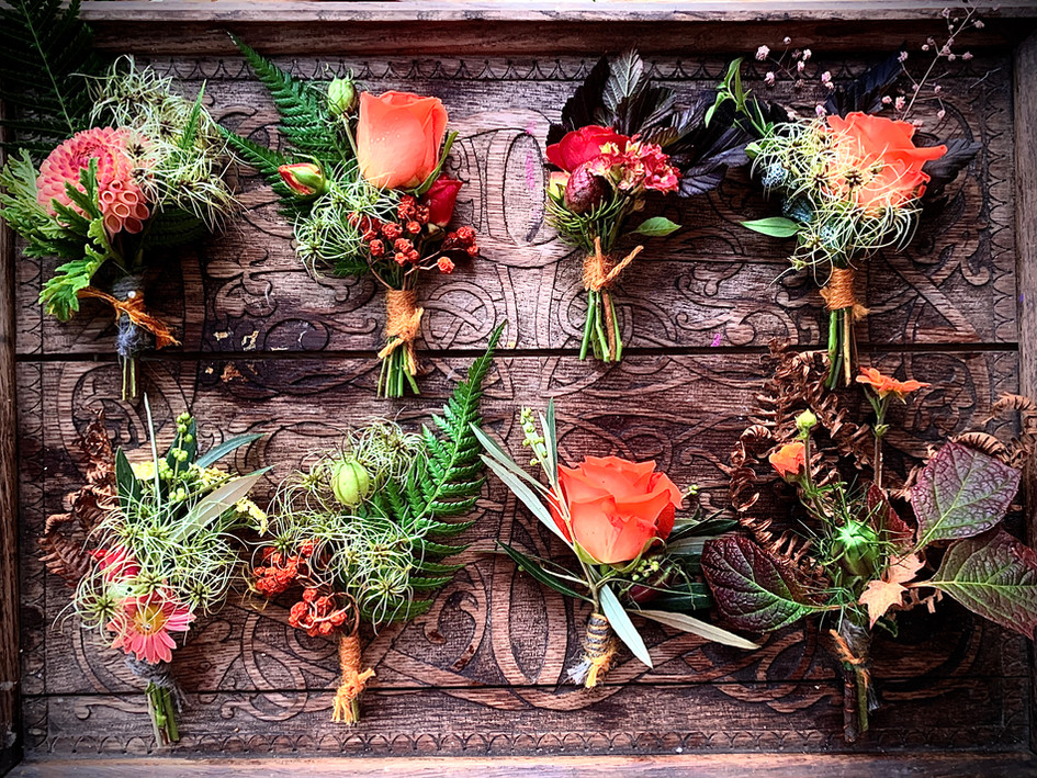 Pick your own wedding flowers by the bucket