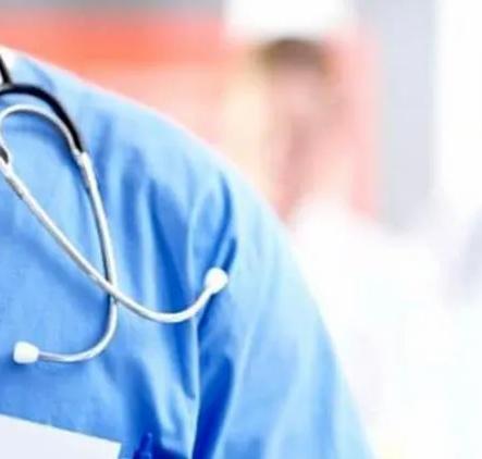 İki sağlık çalışanı daha koronavirüs nedeniyle yaşamını yitirdi