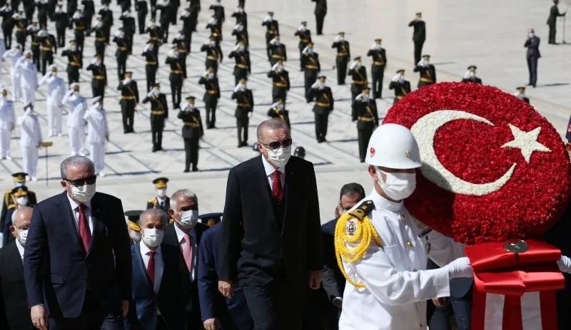 erdogan-anit-kabirde