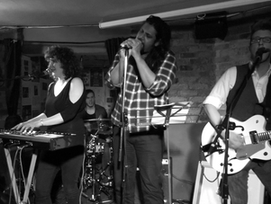 Some shots from our Finborough Arms gig...