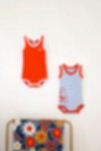 body enfants rouge et marrins