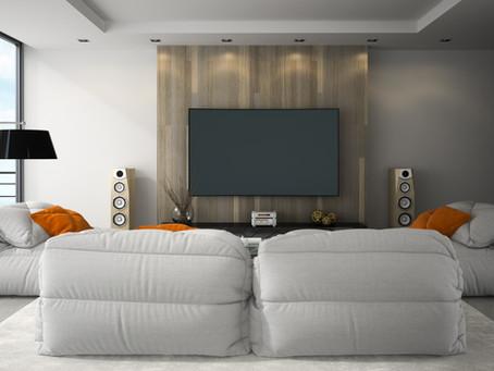 Sala pequena para Home Theater? Invista em móveis planejados!