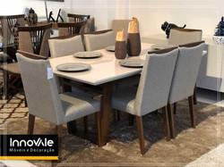 Sala de jantar com 6 cadeiras
