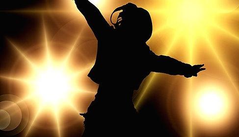 dance-129806_640.jpg