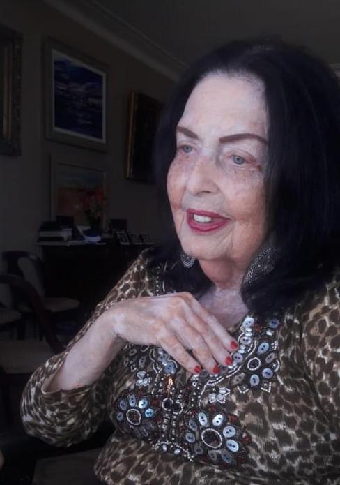 D. Donna Benchimol