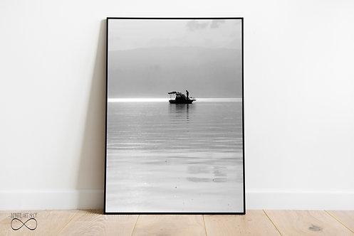 Black and White Minimalist Boat Print,Minimalist Nautical Wall Decor,Lake Print,Digital Download,Trendy Wall Art Print