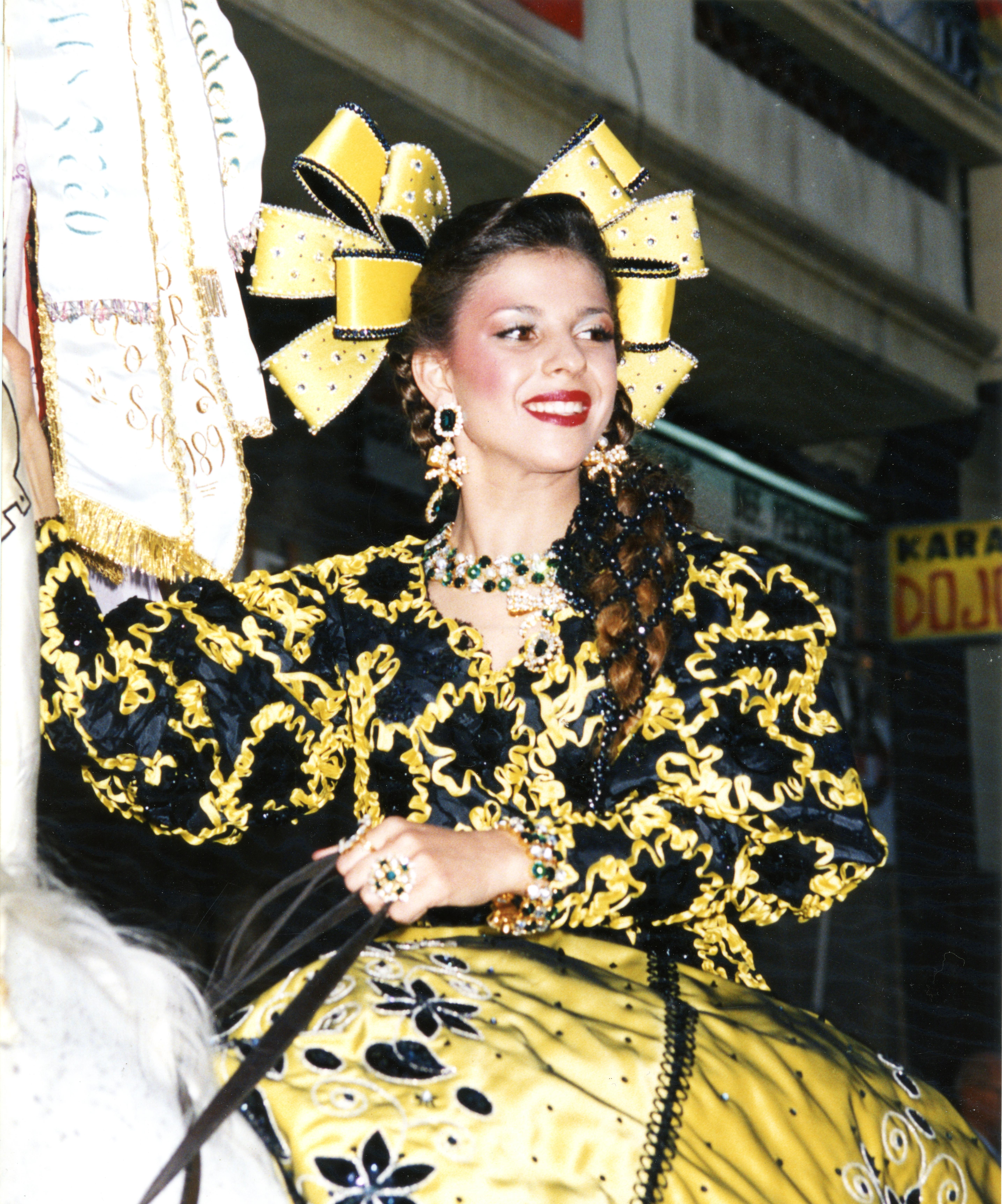 1990 Mª Dolores Gonzálvez Navarro
