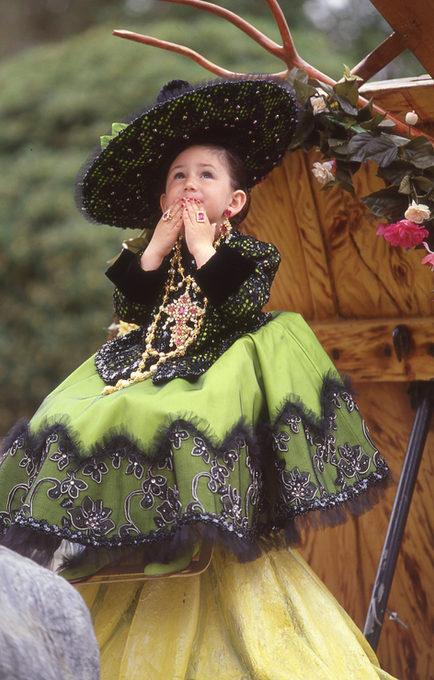 2001 Carolina Santos Navarro