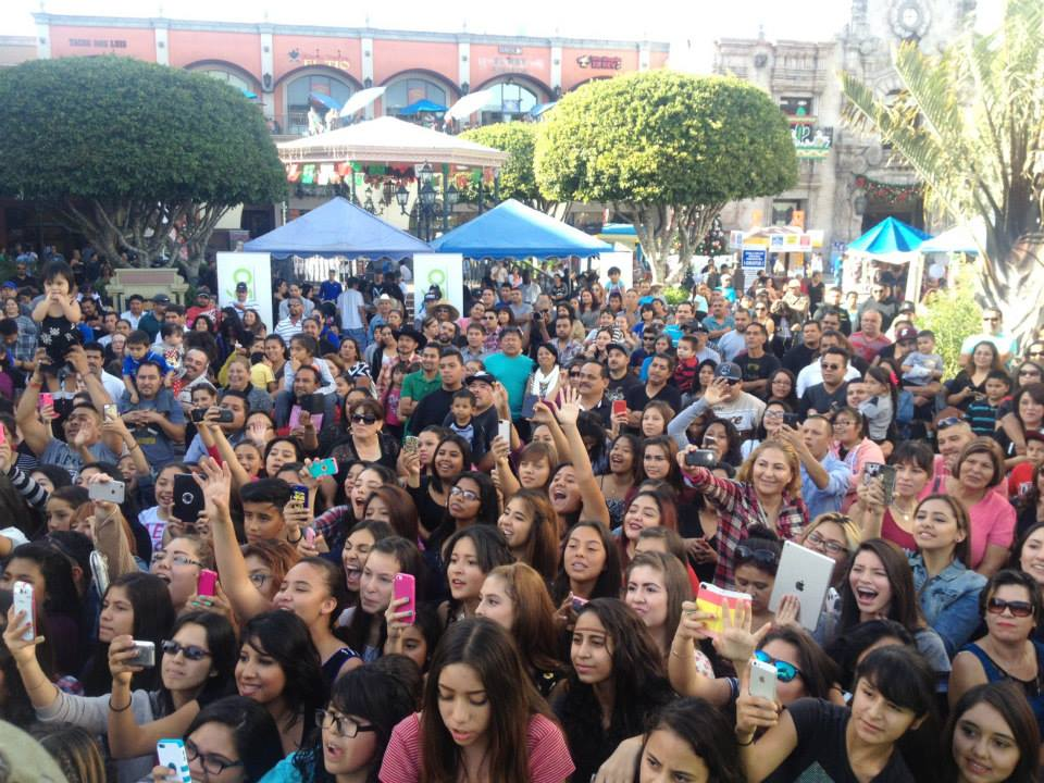 Plaza Mexico concert #adoptaletter