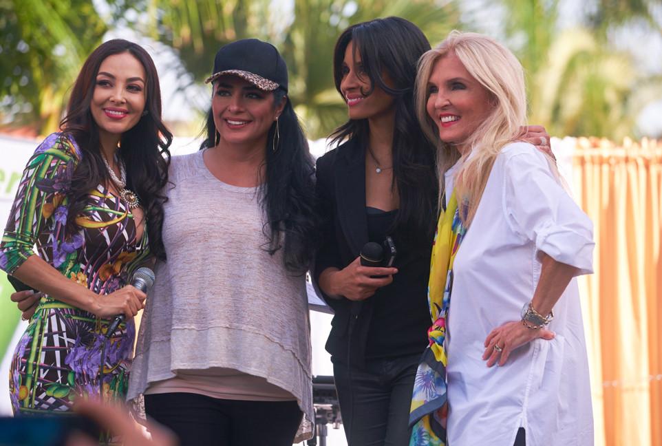 Cindy Martinez, Angeles Ochoa, Kimberly Moore Foundation, Estella Sneider