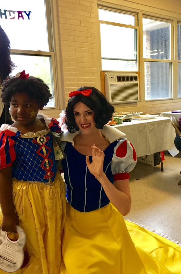 Snow White: Chicago Party Princess Productions
