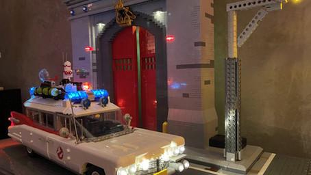 LEGO 10274 Ghostbusters™ ECTO-1 mit Licht und HQ Diorama