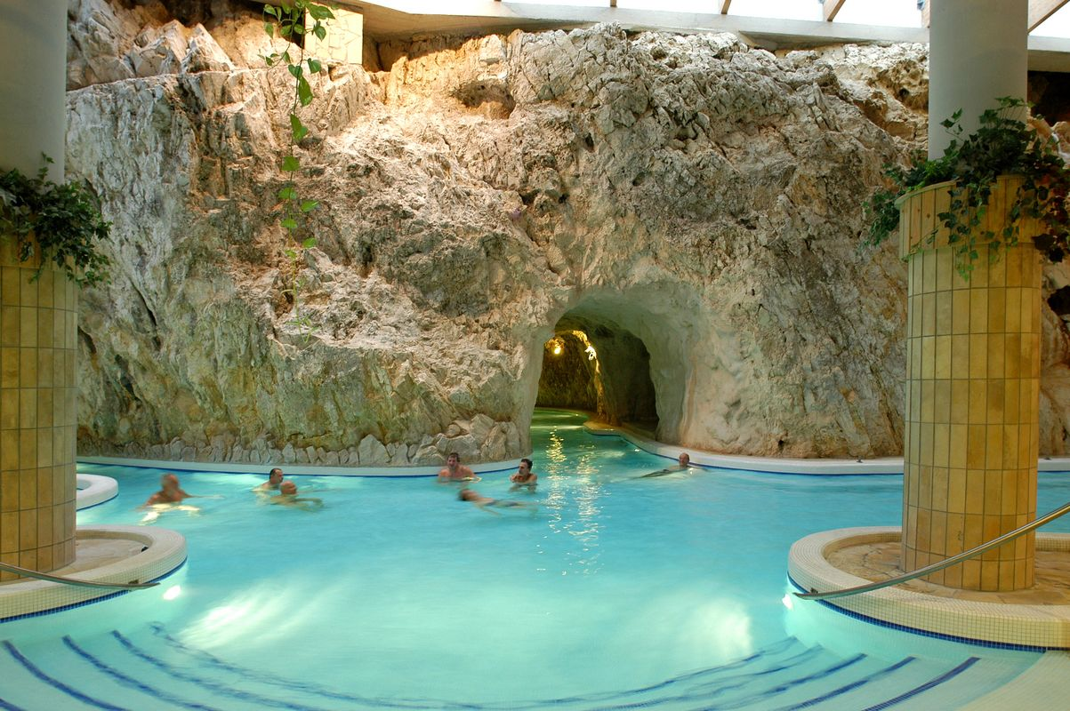 Miskolc-Tapolca Thermal Cave Bath