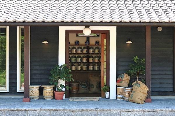 店舗入り口.JPG