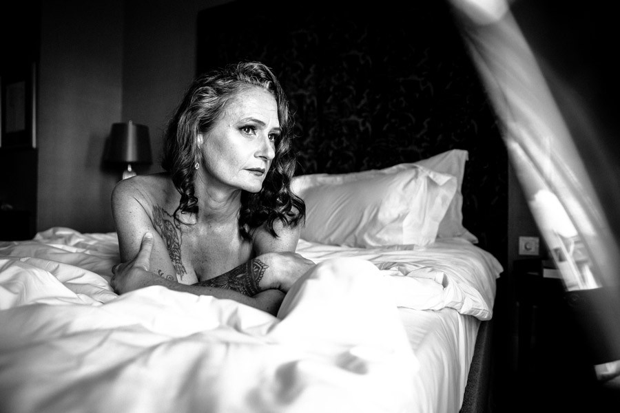dreamy black and white photoshoot
