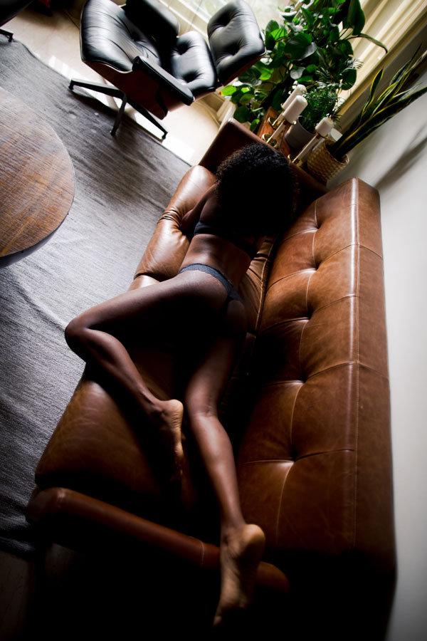 curvy back photoshoot sofa