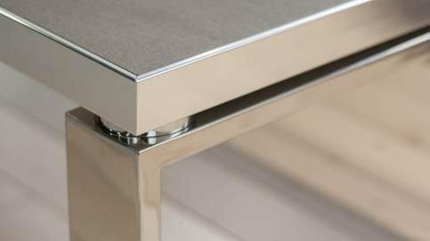 Archimede-stainless-steel-base-1240x698.
