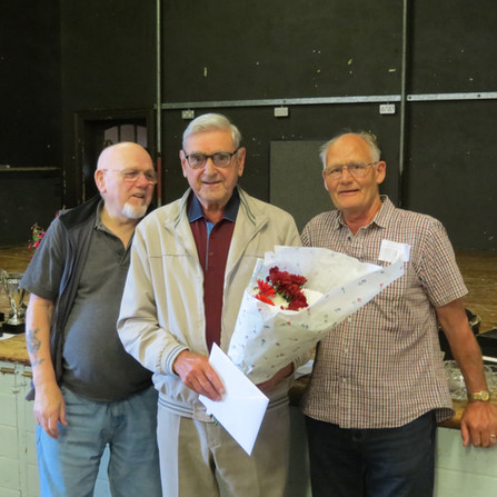 The members of Sheffield BS presenting a gift to Brian Williamson