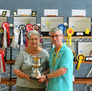 Ann Moore & Catleford BS president Roy Johnson