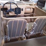 detalhe interno da carroceria e acessorios