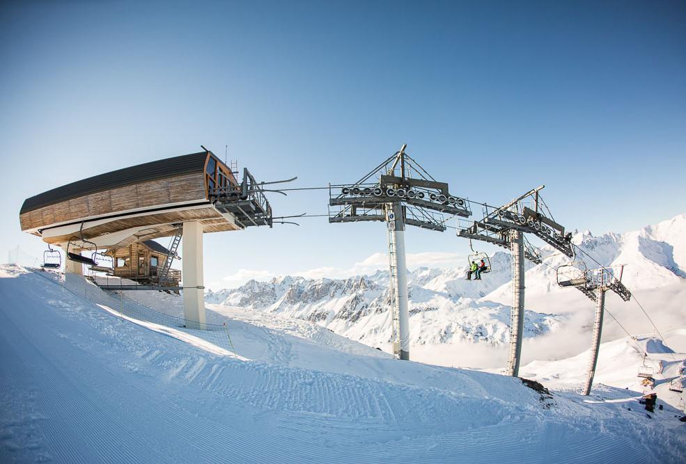 snowcoach_valmeinier_mountains-8.jpg