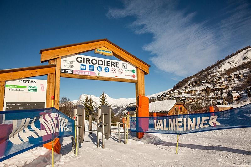 snowcoach_valmeInier_mountain-76-900pxsm