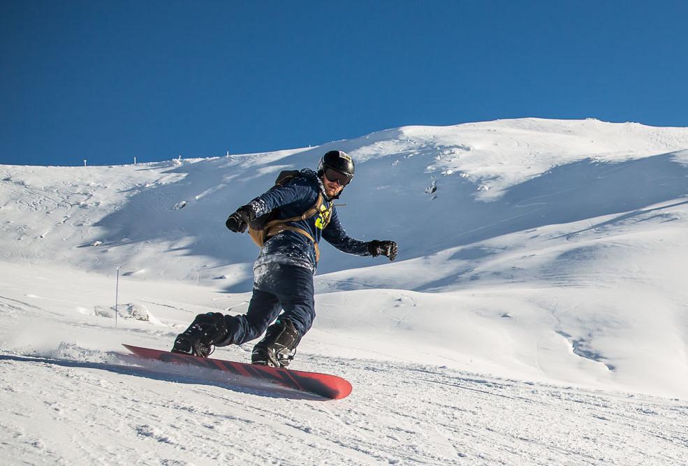 snowcoach_valmeinier_staff-59.jpg