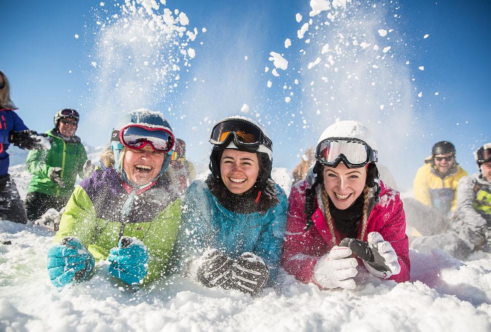 snowcoach_valmeinier_staff-35.jpg