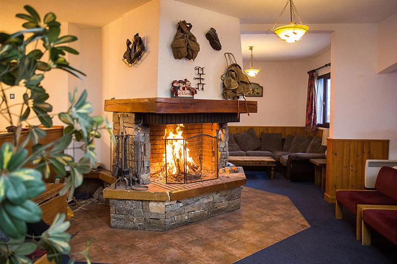 Fireplace Hotel L'Aigle Valmeinier