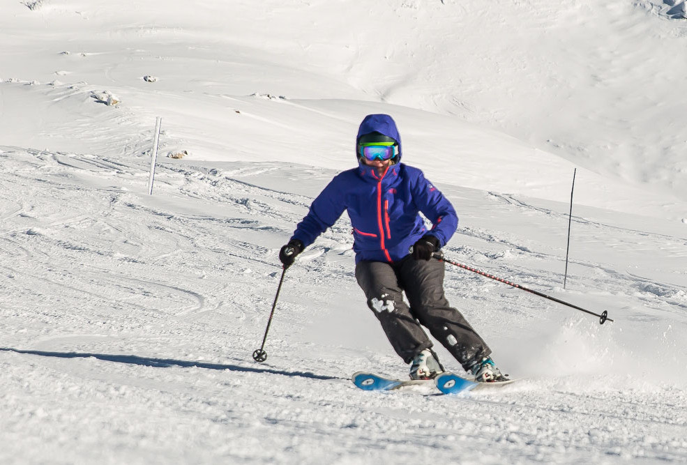 snowcoach_valmeinier_staff-54.jpg