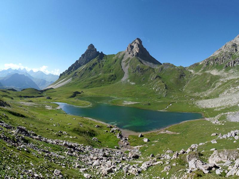 Mountain Lake Valloire Region