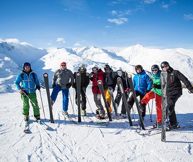 Snowcoach-Valmenier-2015-123900pxsmall.j