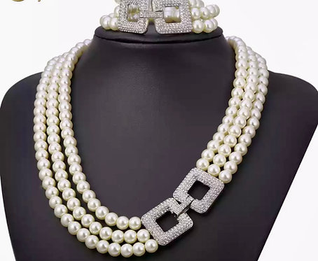 Three row lux pearls set