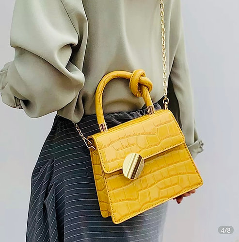Vintage cocktail clutch: Yellow